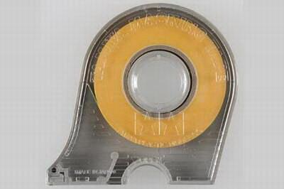 Maskovací páska 6mm včetně držáku