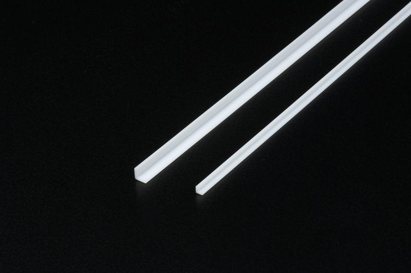 """Profil Plast 3 mm """"L"""" *6"""
